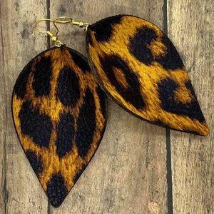 ✨NEW✨Leopard Leather Earrings!